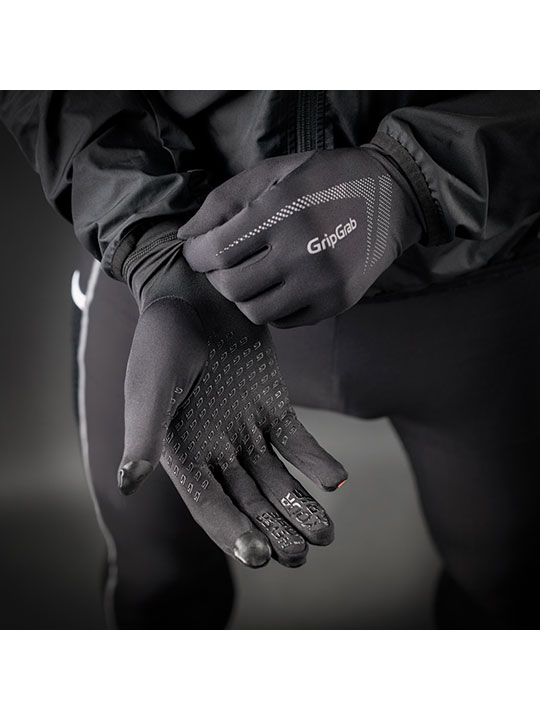gripgrab-m1021-black-close-1-1