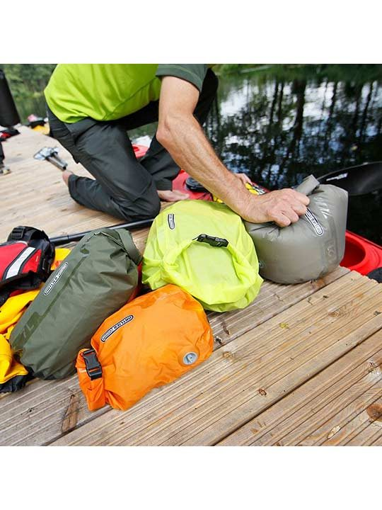 Ortlieb_drybags_ps10_lifestyle